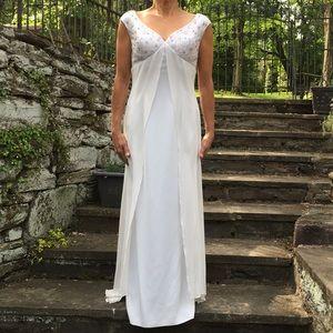 Elegant Evening / Wedding Gown.  Never Worn